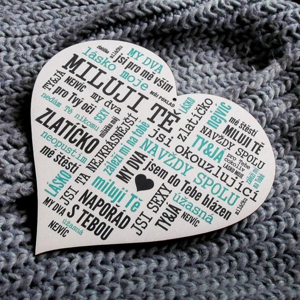 Dřevené srdce s věnováním